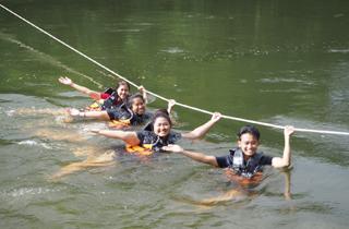 เล่นน้ำเพชรบุรี